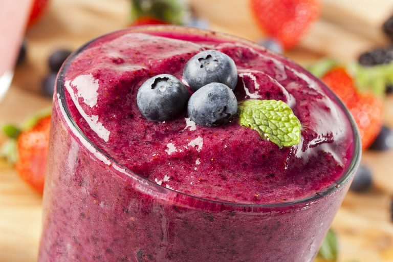 blueberry ginger smoothie