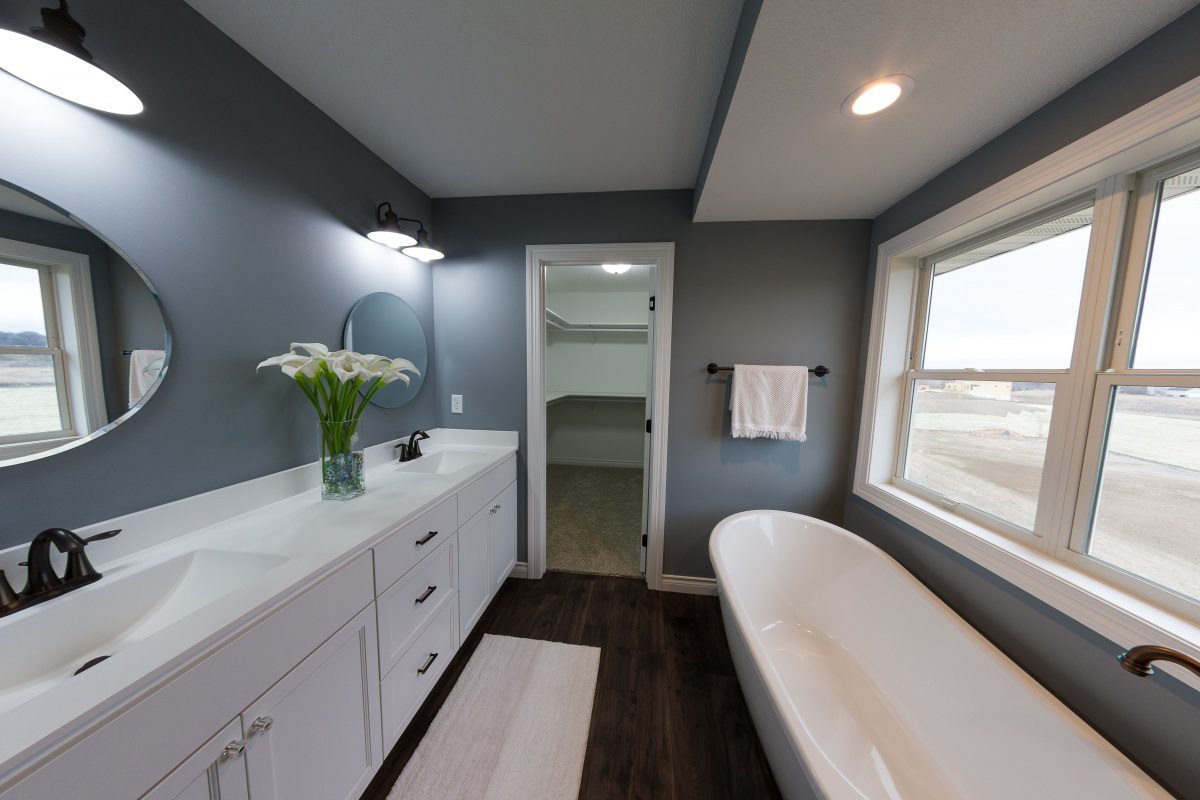 Bathroom with deep tub