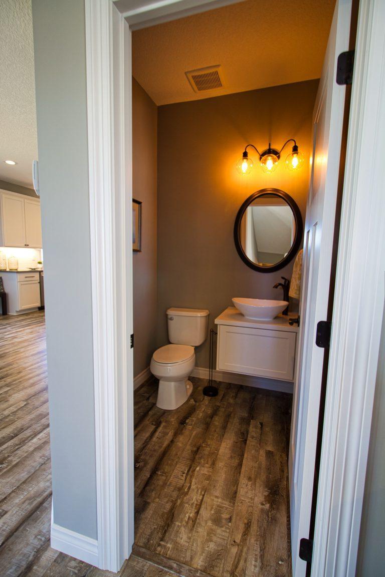 Powder room/ Bathroom