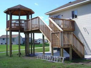 Deck with special risen sitting space.
