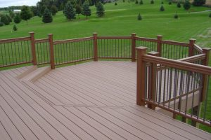 Deck with half steps.