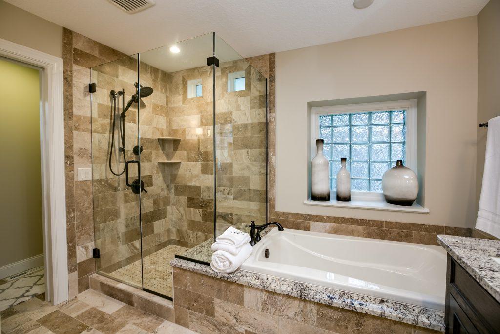 033_Master Bathroom II