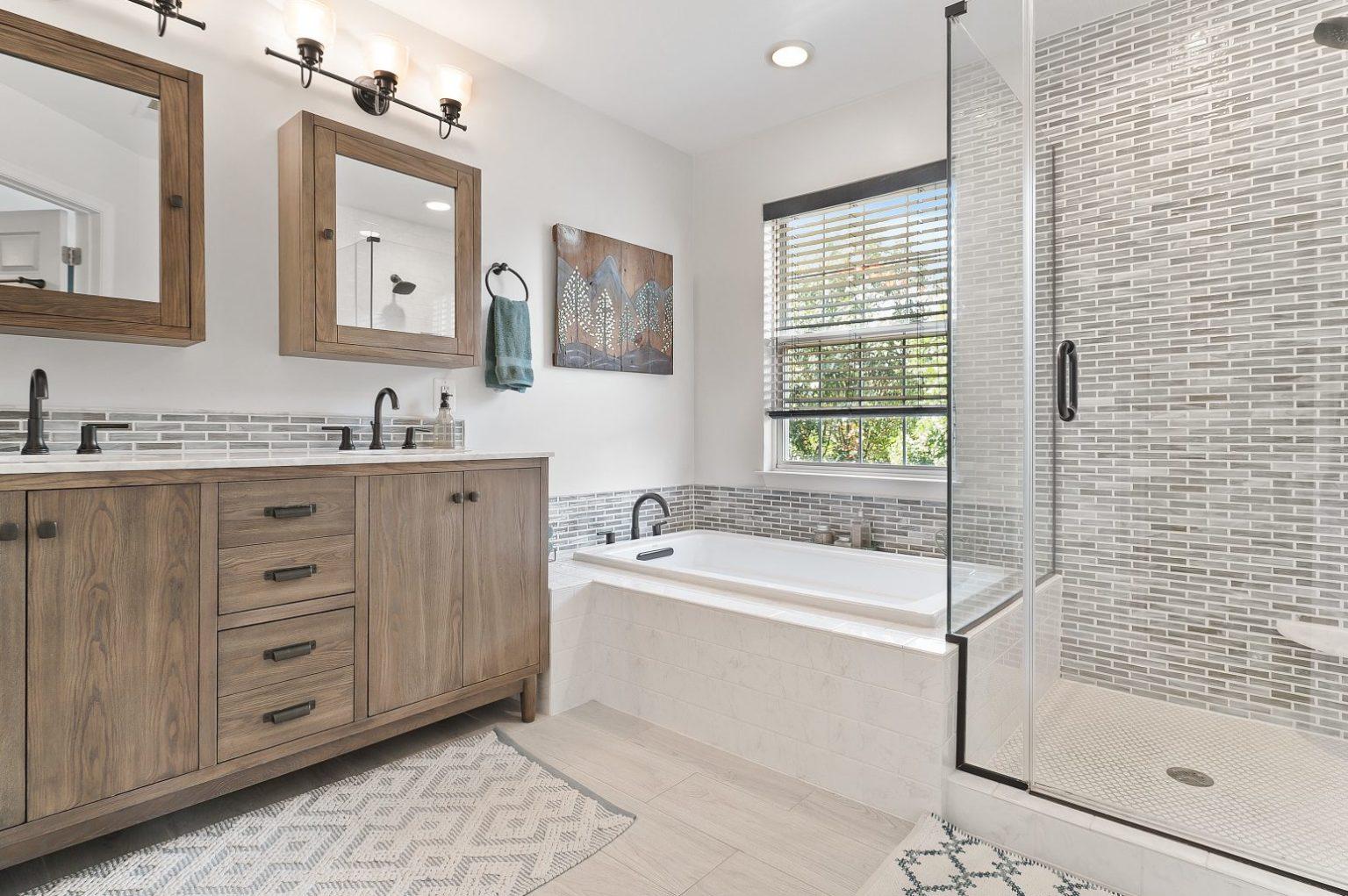 bathroom-homes-bath-remodel_t20_Ky00B0