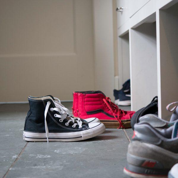 sneakers-on-the-mudroom-floor_t20_W7yXOg